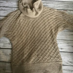 Old Navy Women's Medium Cowl Neck Tunic Sweater